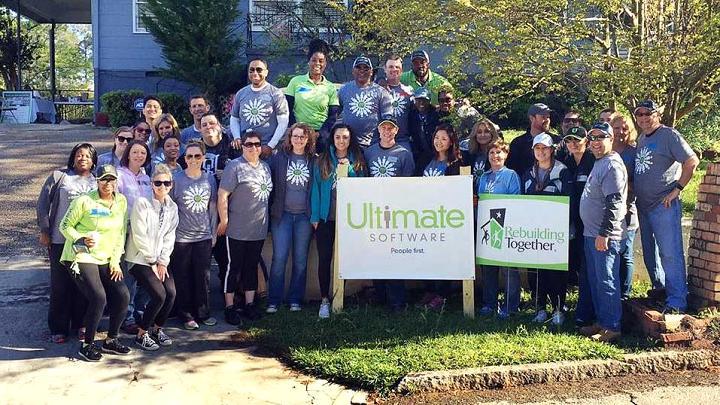 Nhân viên tại Ultimate Software được cung cấp 100% bảo hiểm sức khỏe