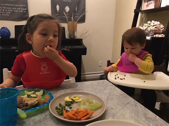 Gia đình Zhuo ăn tối vào lúc 6h30 tối