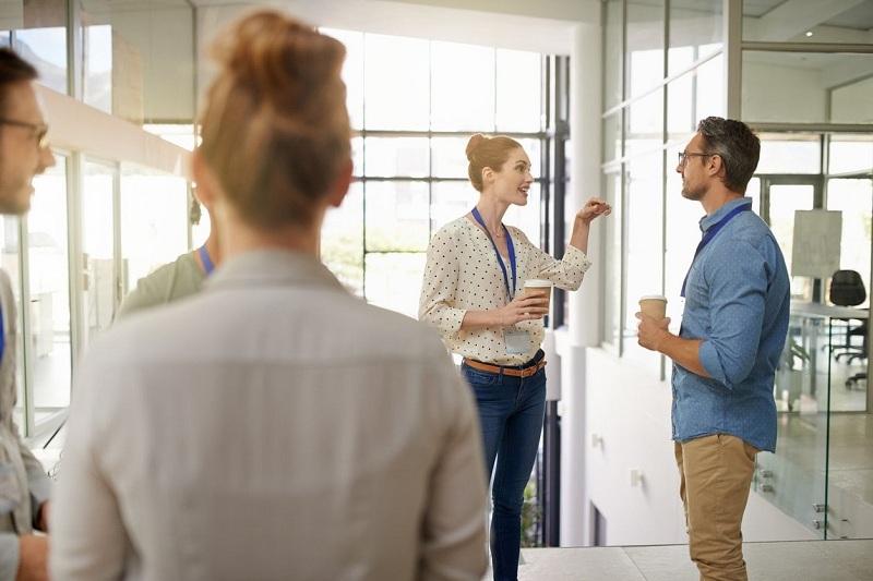 Tiết lộ lương với đồng nghiệp - Chuyện nên hay không nên?