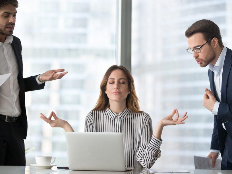 Kỹ năng giao tiếp nơi công sở để luôn được lòng đồng nghiệp